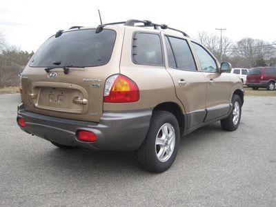 ... 2004 Hyundai Santa Fe LX ...